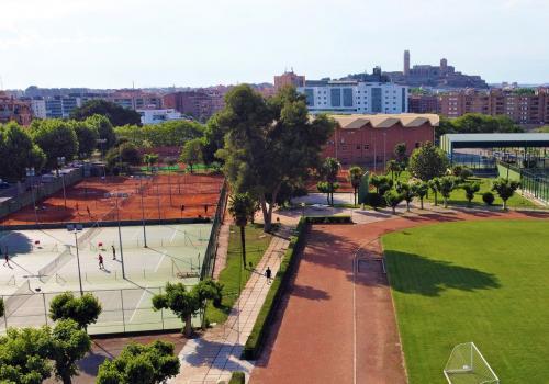Vista aèria de les pistes de tennis